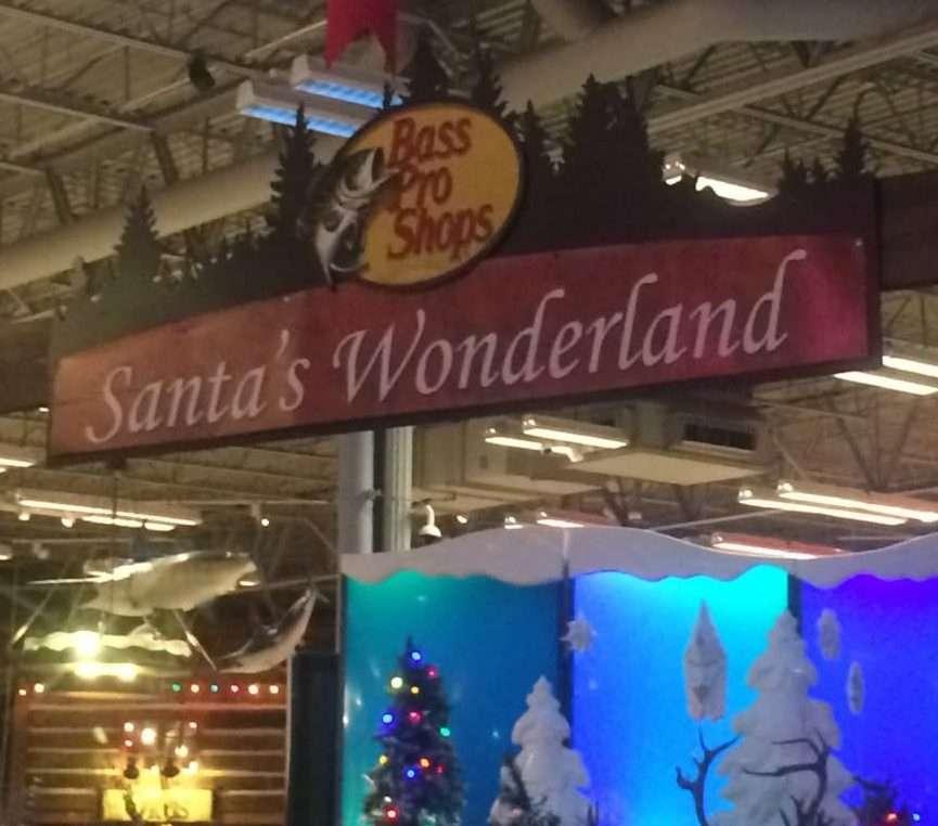 Santa's Wonderland at Bass Pro Shops is free family fun at Christmas time in Florida