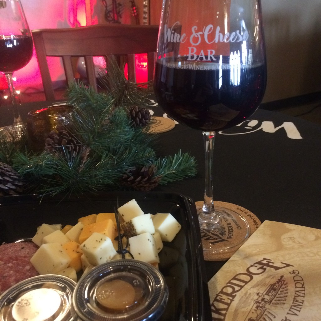 Lakeridge Winery has a nice on-site restaurant for a glass of wine and light appetizer lunch.