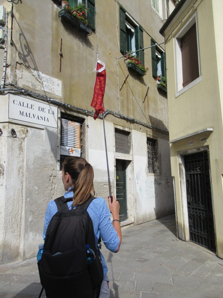 Taking a Free Venice Walking Tour was a budget-friendly and affordable way to help us learn how to navigate Venice, Italy like locals.