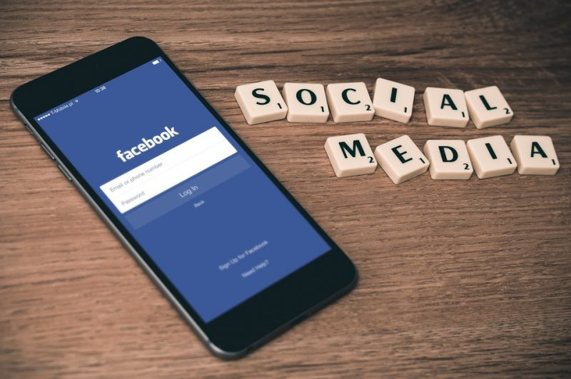 How To Create A Facebook Group To Grow Your Audience